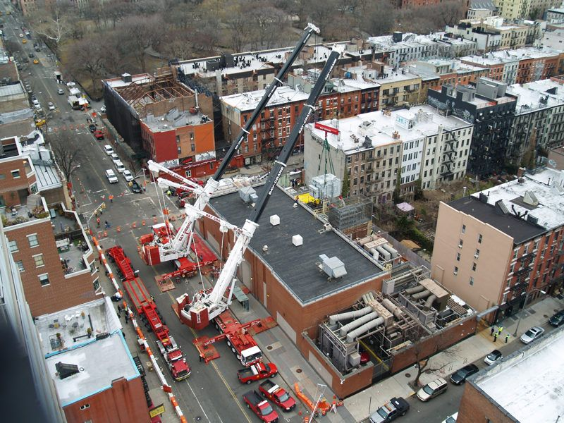 Perfect transformator lift with two Liebherr LTM 1500-8.1 from Bay Crane, New York