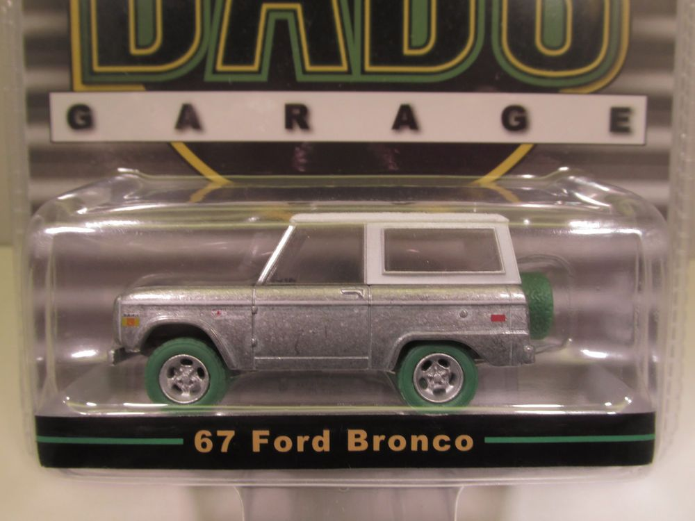 Greenlight Dad S Raw Chase Green Machine Limited Edition 67