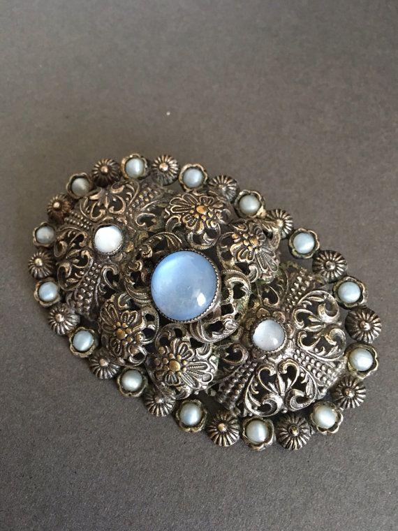 93401f435 Vintage Moonstone Brooch Pin Gilt Filigree Art Deco Period, Brooch Pin,  Filigree, Brooches