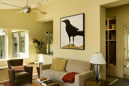 Something about this crow intrigues me.....maybe I have an Alfred ...