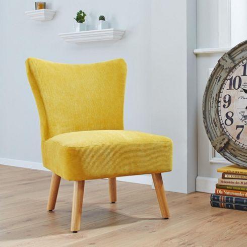 trendiger sessel im sonnigen gelb retro look f r ihr zuhause von stuhl und st hlen. Black Bedroom Furniture Sets. Home Design Ideas