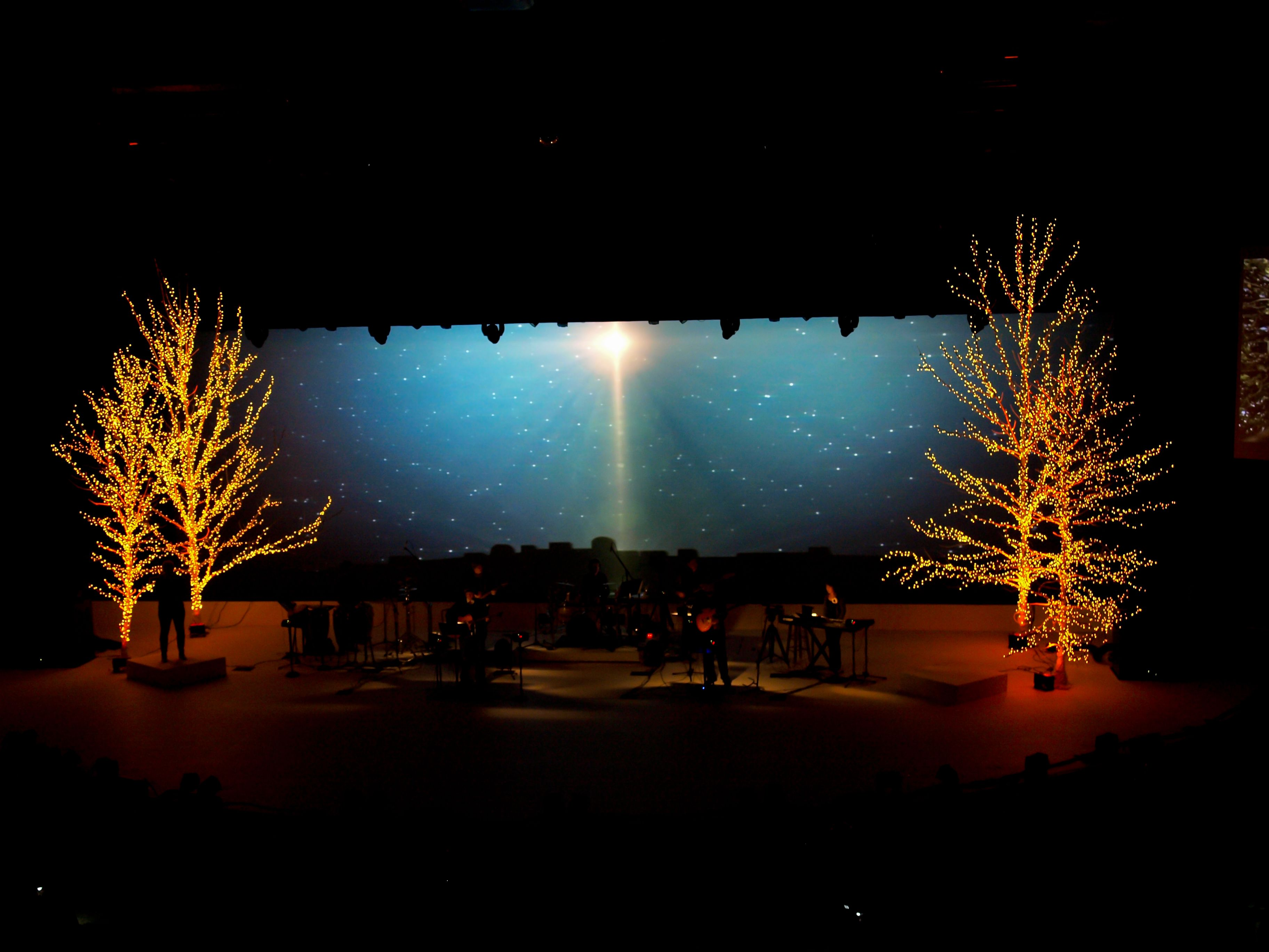 Best 25 Christmas Stage Design Ideas On Pinterest