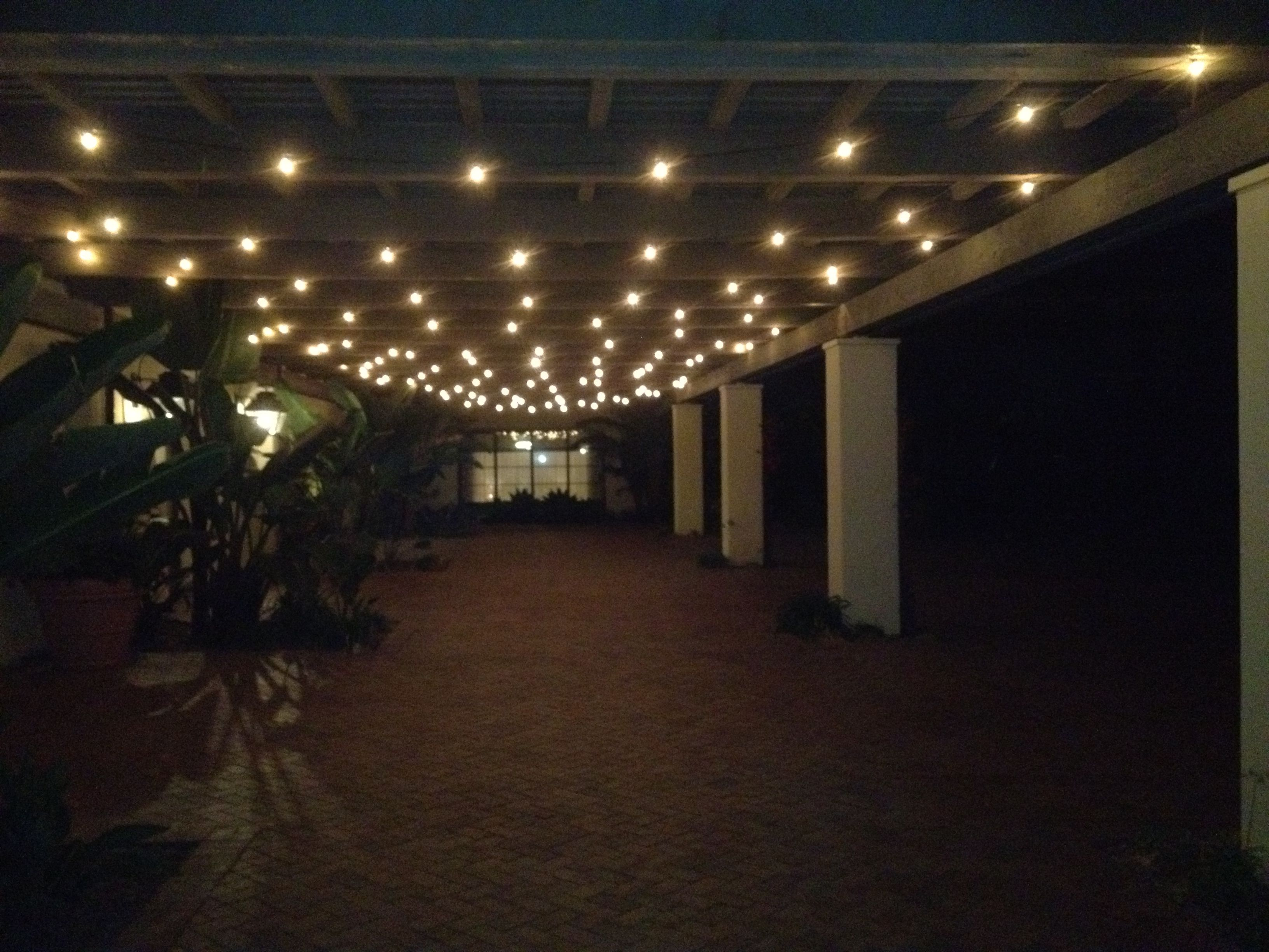 Pation lights google search patio hanging patio - Indoor string light decoration ideas ...