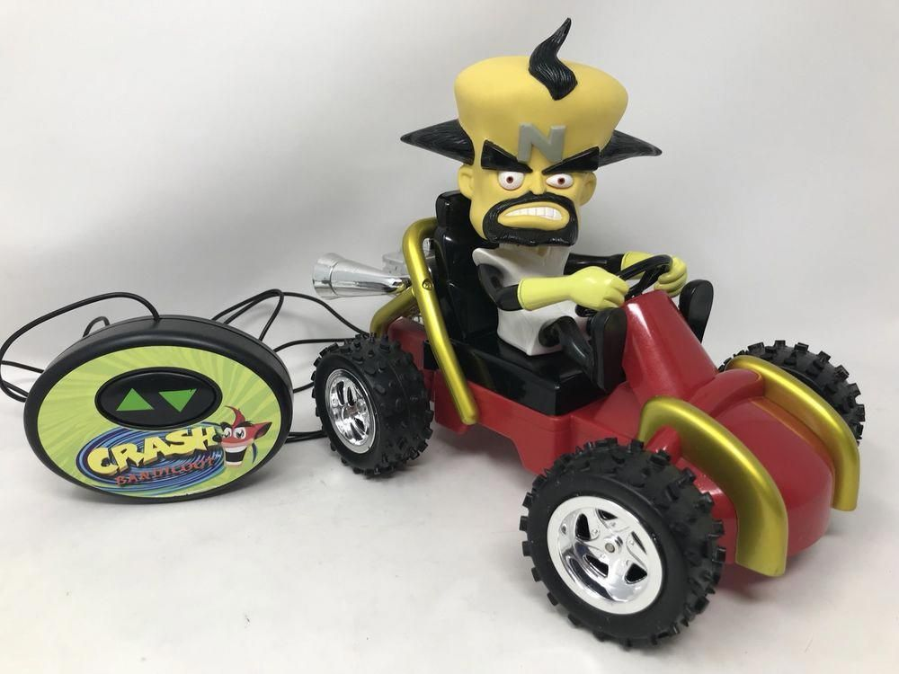 Crash Bandicoot Team Racing Remote Control Car Go-Kart Dr  Neo