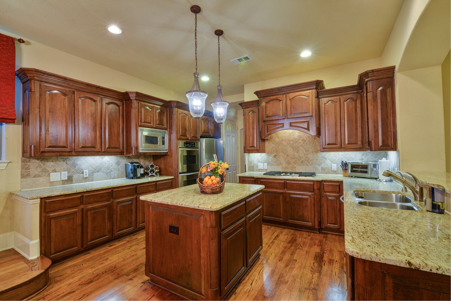 Homes for sale CASTLE HILLS contact Kim 214-402-9200 for a showing