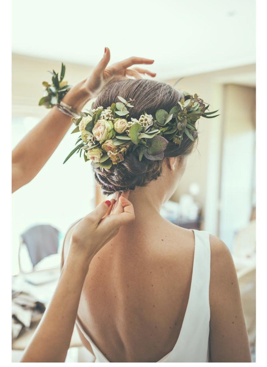 flowers hair updo   beauty in 2019   wedding hairstyles