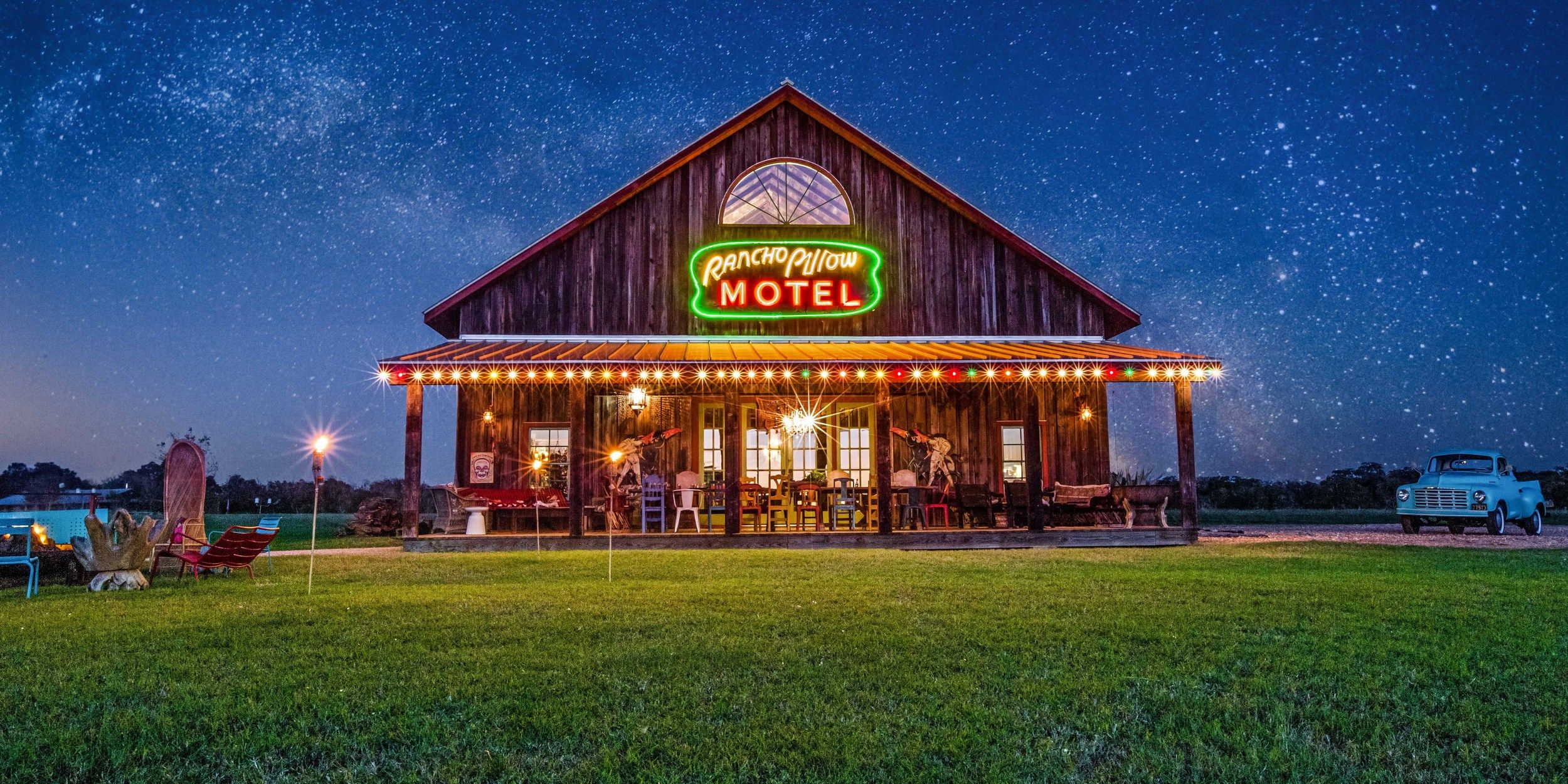 Rancho Pillow | Round Top, TX | Stay here | Round top texas