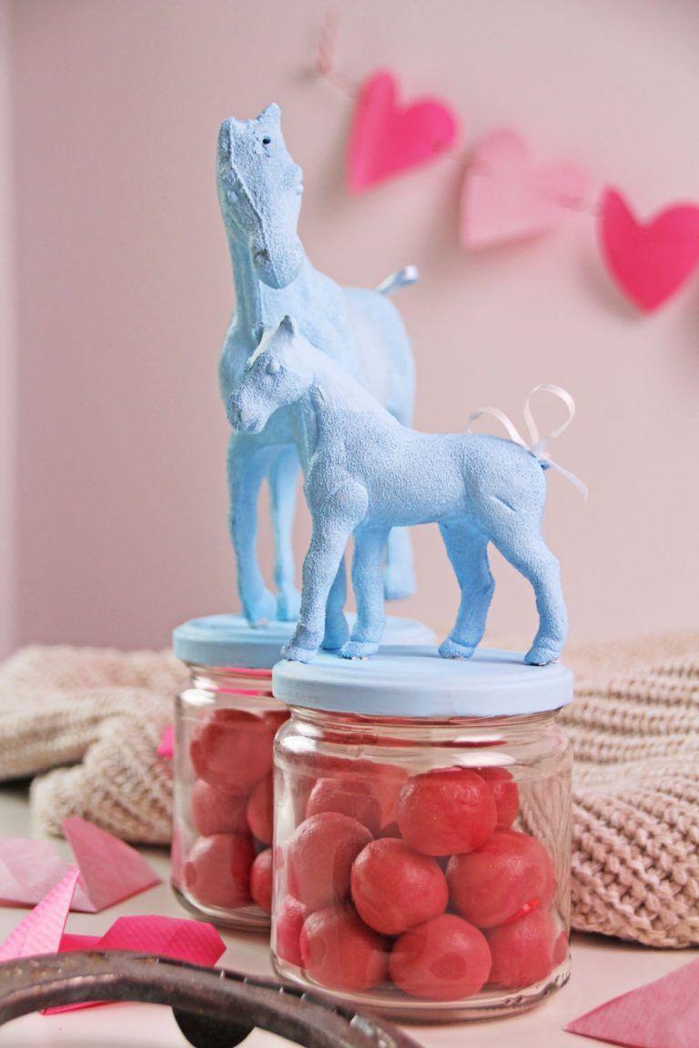 Photo of DIY Gläser mit Pferden selber machen: ausgefallene DIY Deko Idee