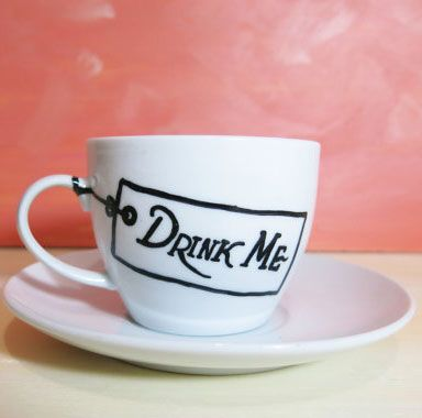 10 Great Literary Mugs. Particularly like the Drink Me one! #teamugs