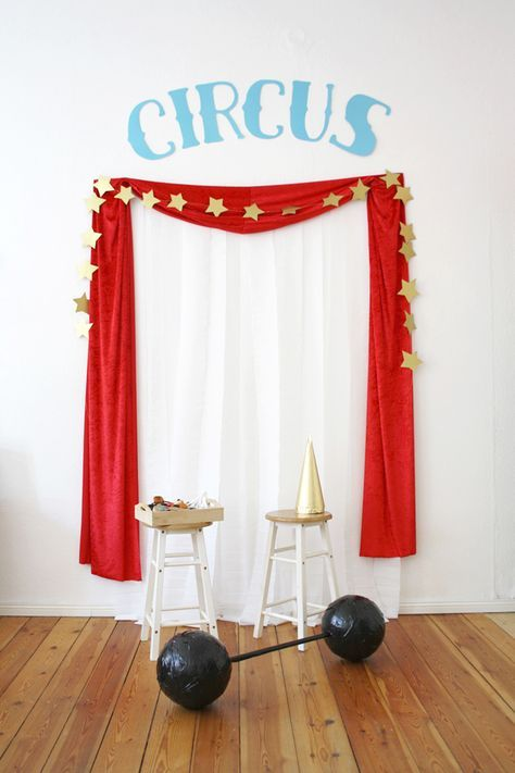 Circus Theme Party and Costumes - Luloveshandmade #quinceaneraparty