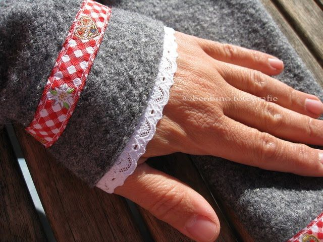 fingerless gloves, boiled wool (walkloden) | sewing/needleworks ...