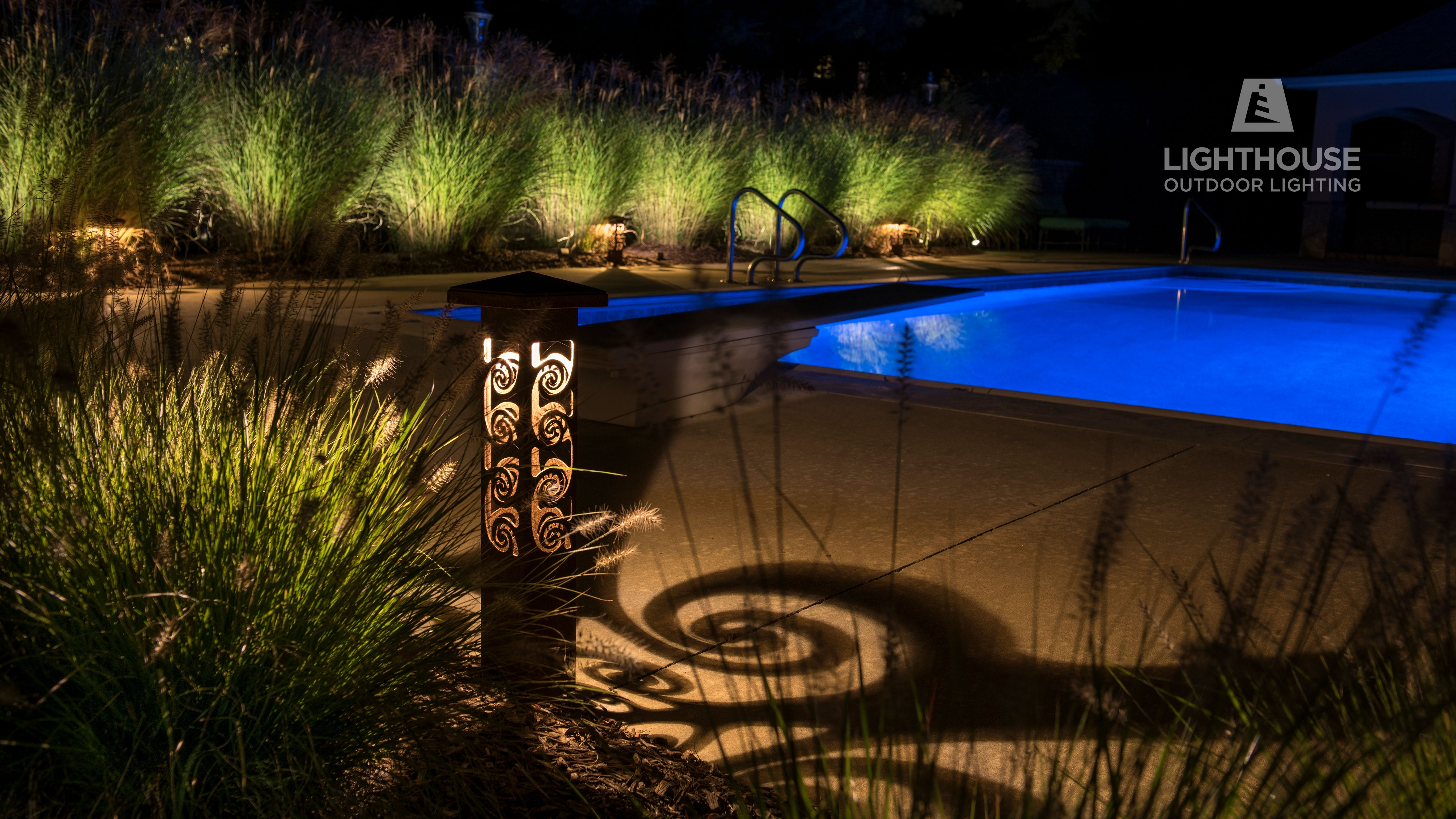 Nightscaping 4x4x25 Decorative Accent Light In The Spiral