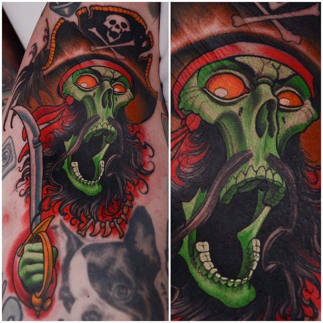 ghost pirate tattoo new school tattoo pinterest pirate tattoo and tattoo. Black Bedroom Furniture Sets. Home Design Ideas