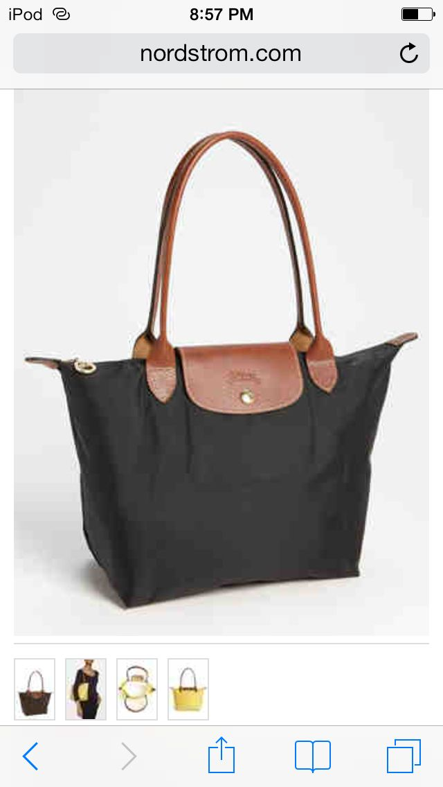 long chomp in black  musthave Longchamp Black 369f827872608