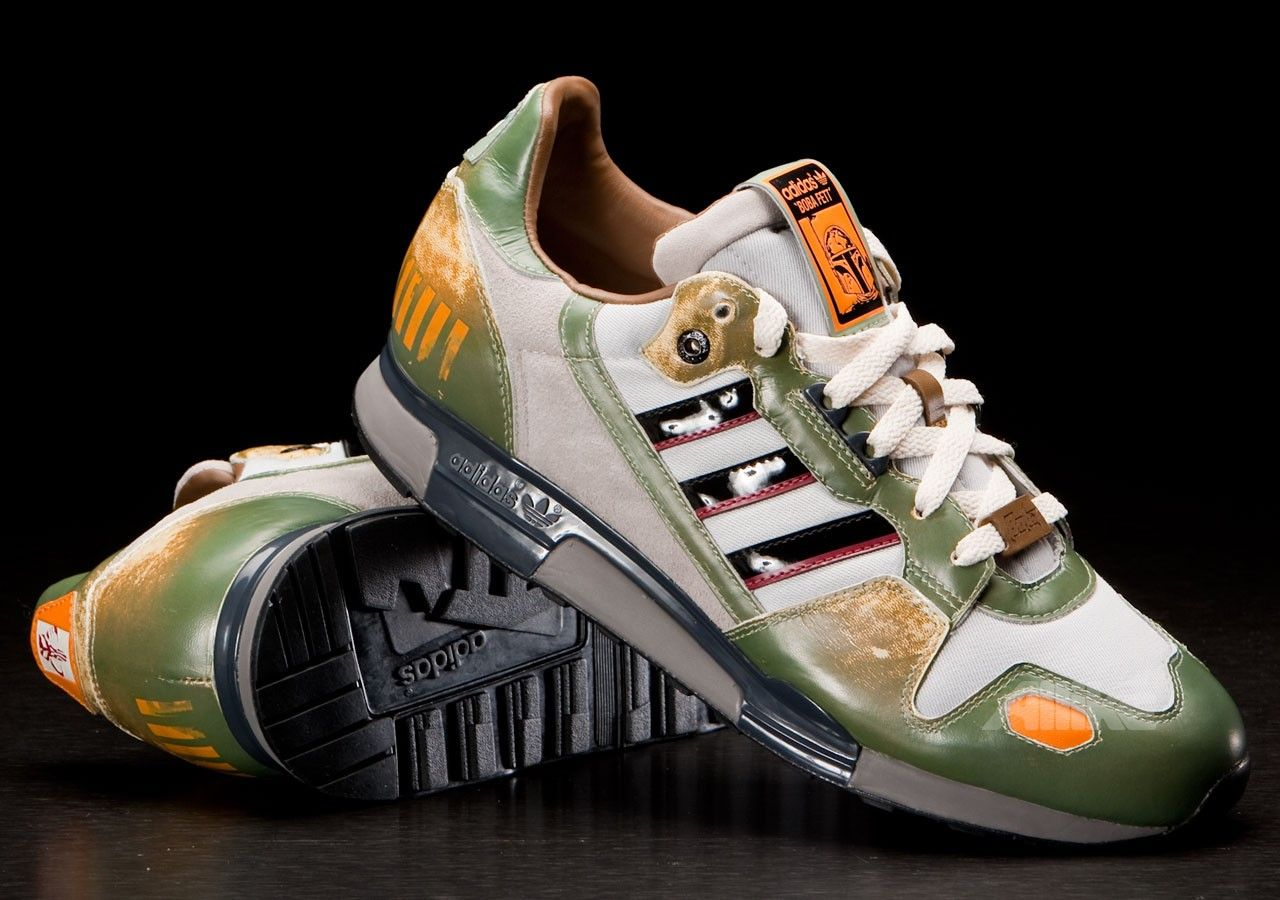 meet 3c9e9 3ba1d adidas Originals Star Wars Boba Fett ZX 800