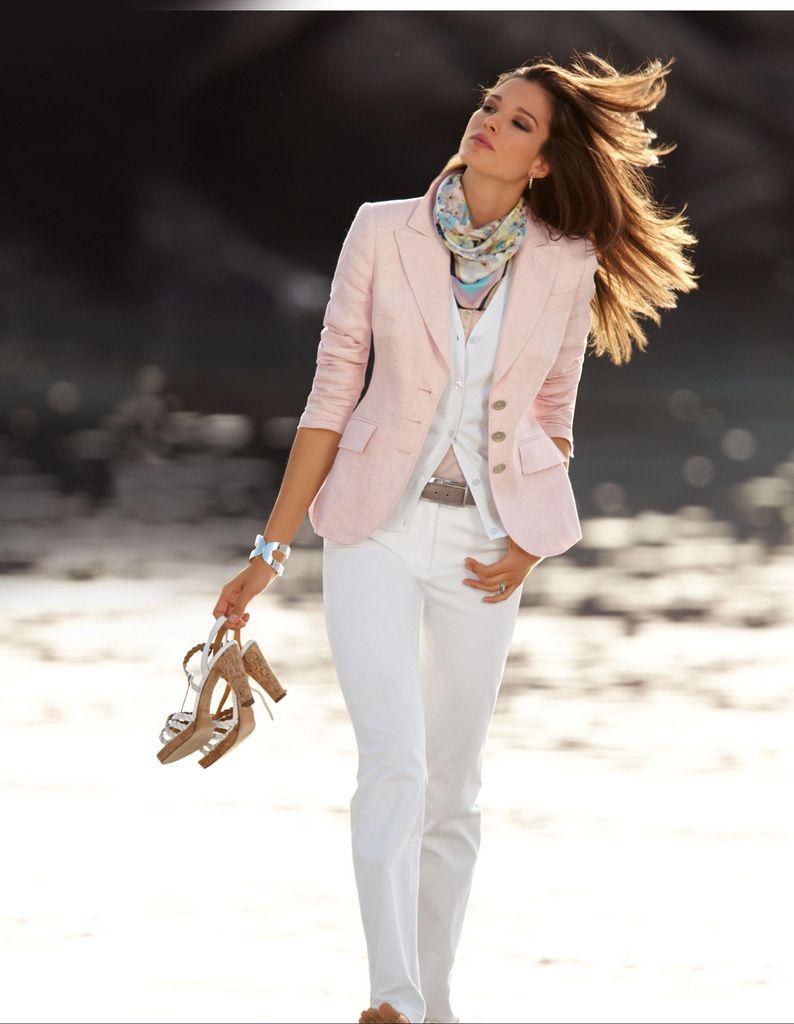 Spring/Summer woman fashion smart