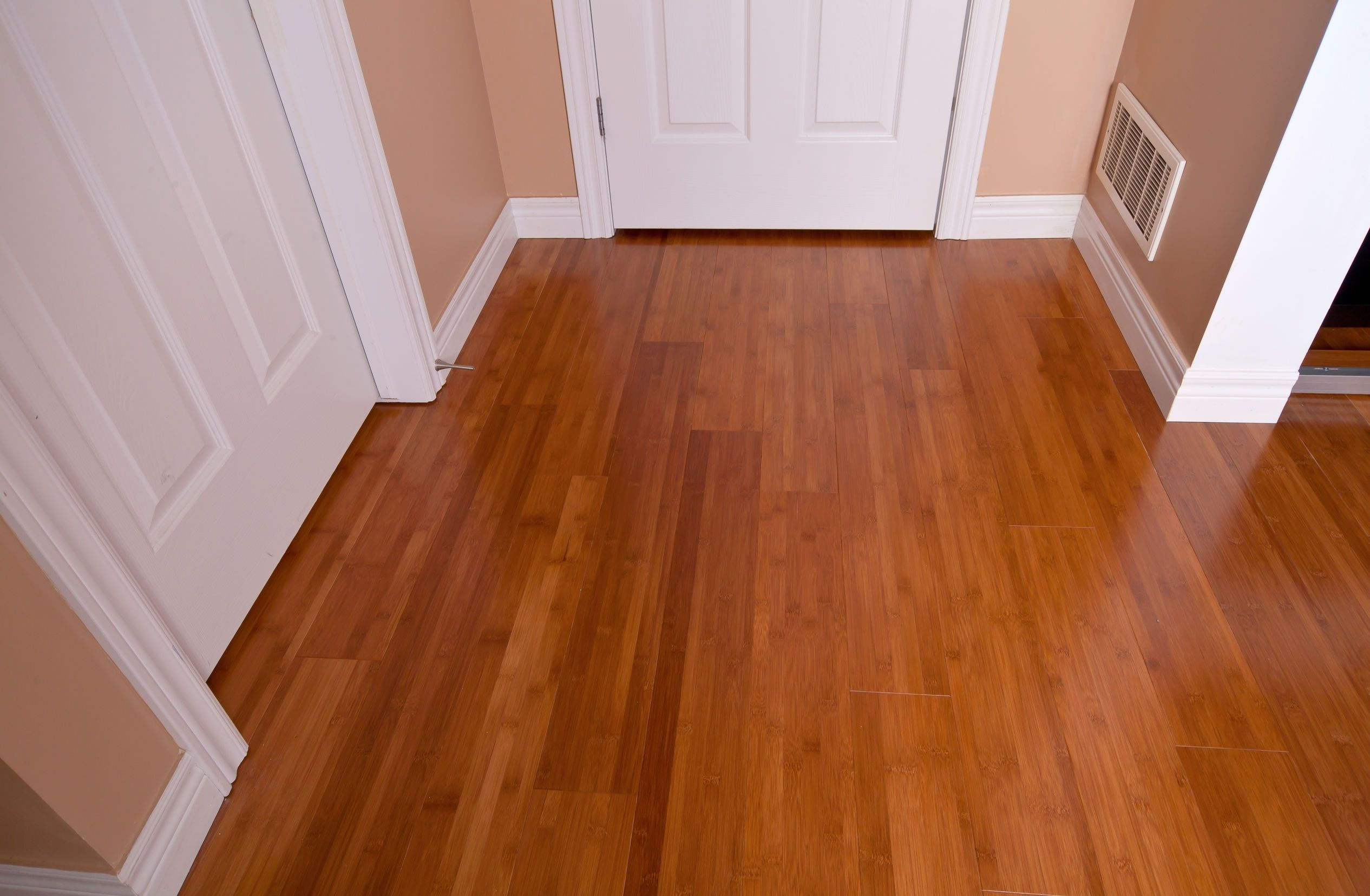 Hardwood versus laminate flooring the truth glblcom