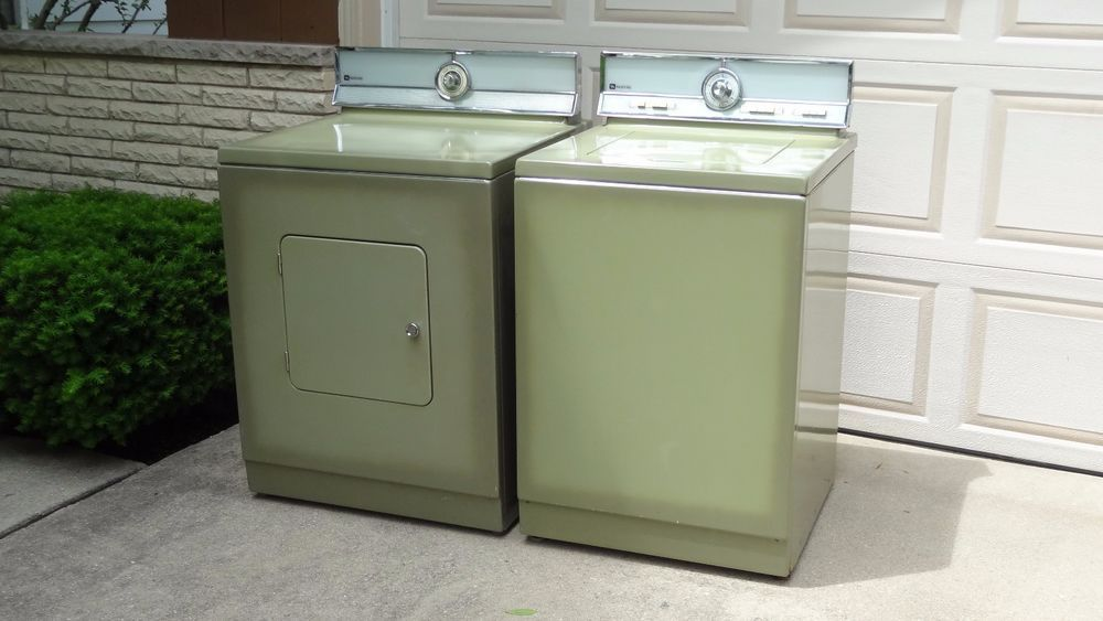 Vintage 1970 Maytag A806 De806 Washer And Dryer Matched Set In Avocado Washer And Dryer Vintage Laundry Retro Kitchen Appliances