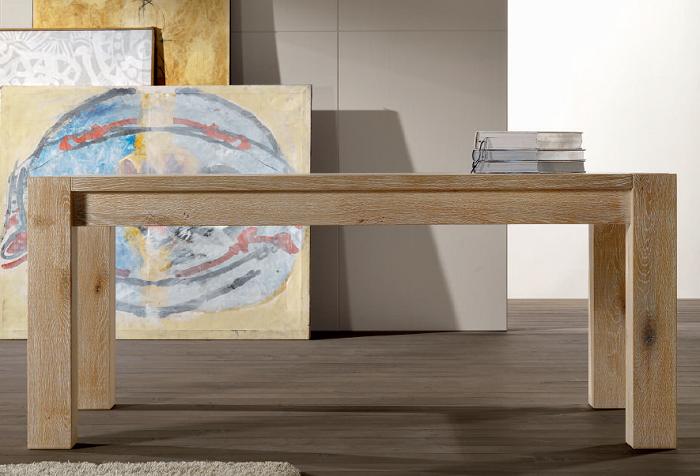 Tavolo in legno in massello e gambe in legno lamellare - qui nella ...