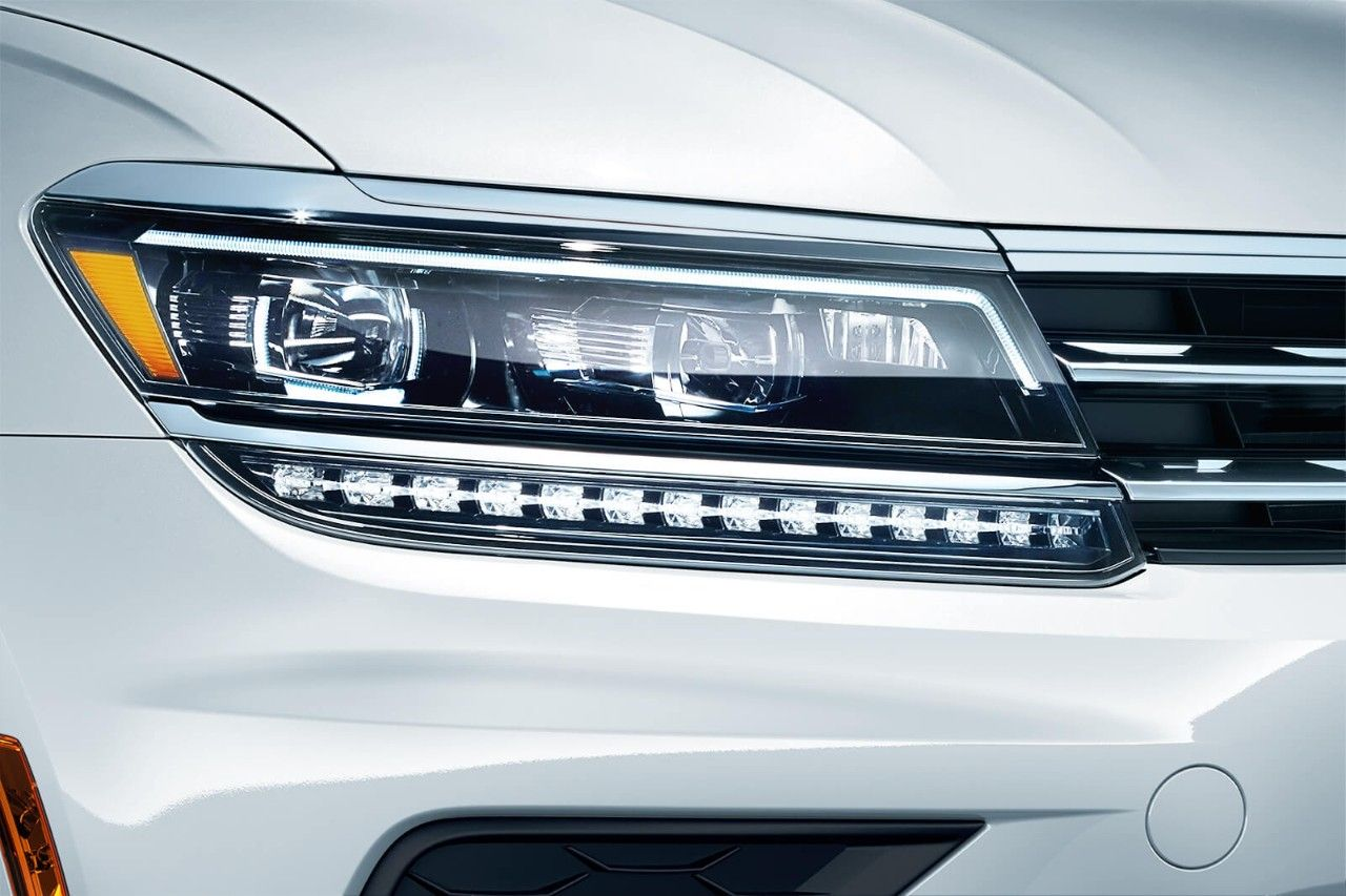 Adaptive Lighting System For Automobiles Available Led Headlights With Front Afs And Daytime Running
