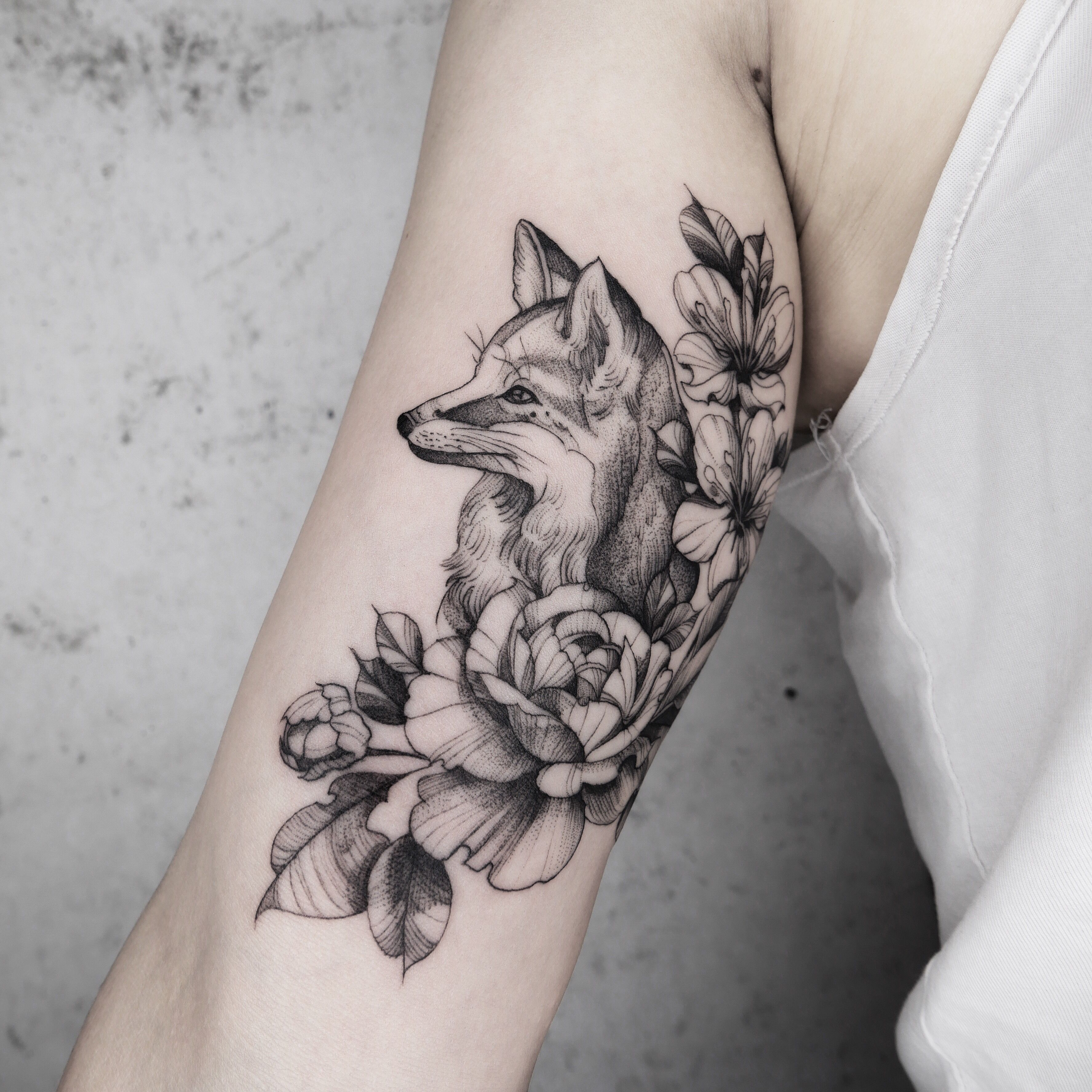 Lydia Sharon Hughes Animal Tattoos For Women Arm Band Tattoo For Women Tattoos