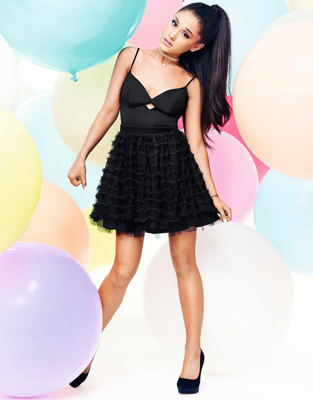 Ariana-Grande-by-Lipsy-London-Photoshoot-2016--05.jpg (1900×2428 ...