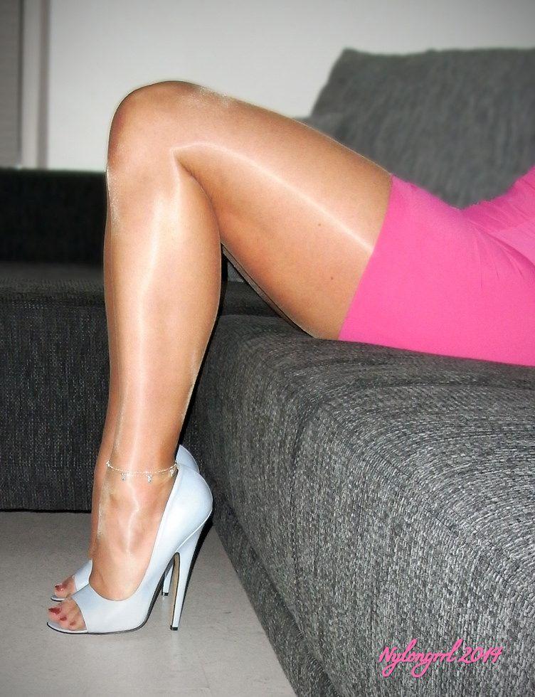 heels nylon de