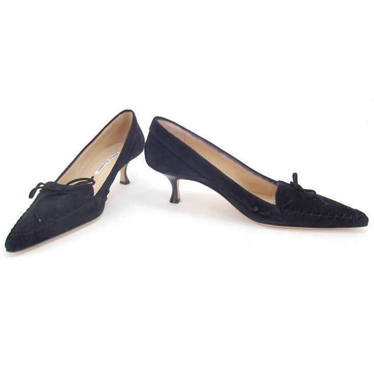 Manolo Blahnik Black Suede Stitch And Bow Kitten Heels Kitten Heel Shoes Heels Kitten Heels