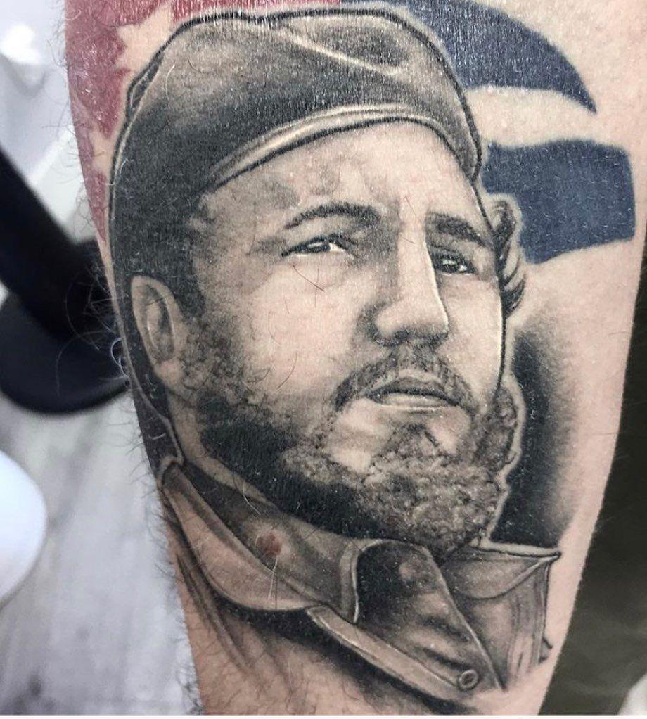 Castro from a couple years ago. #5himp#tattoo#tattoos#family#bjj#tattooartist#tattooart#tattoodesign#nature#blackandgreytattoo#art#love#future#colortattoo#ink#artwork#design#artist#blackworktattoo#illustration#supportsmallbusiness#friends#portcoquitlam#artistsoninstagram#castro#picoftheday