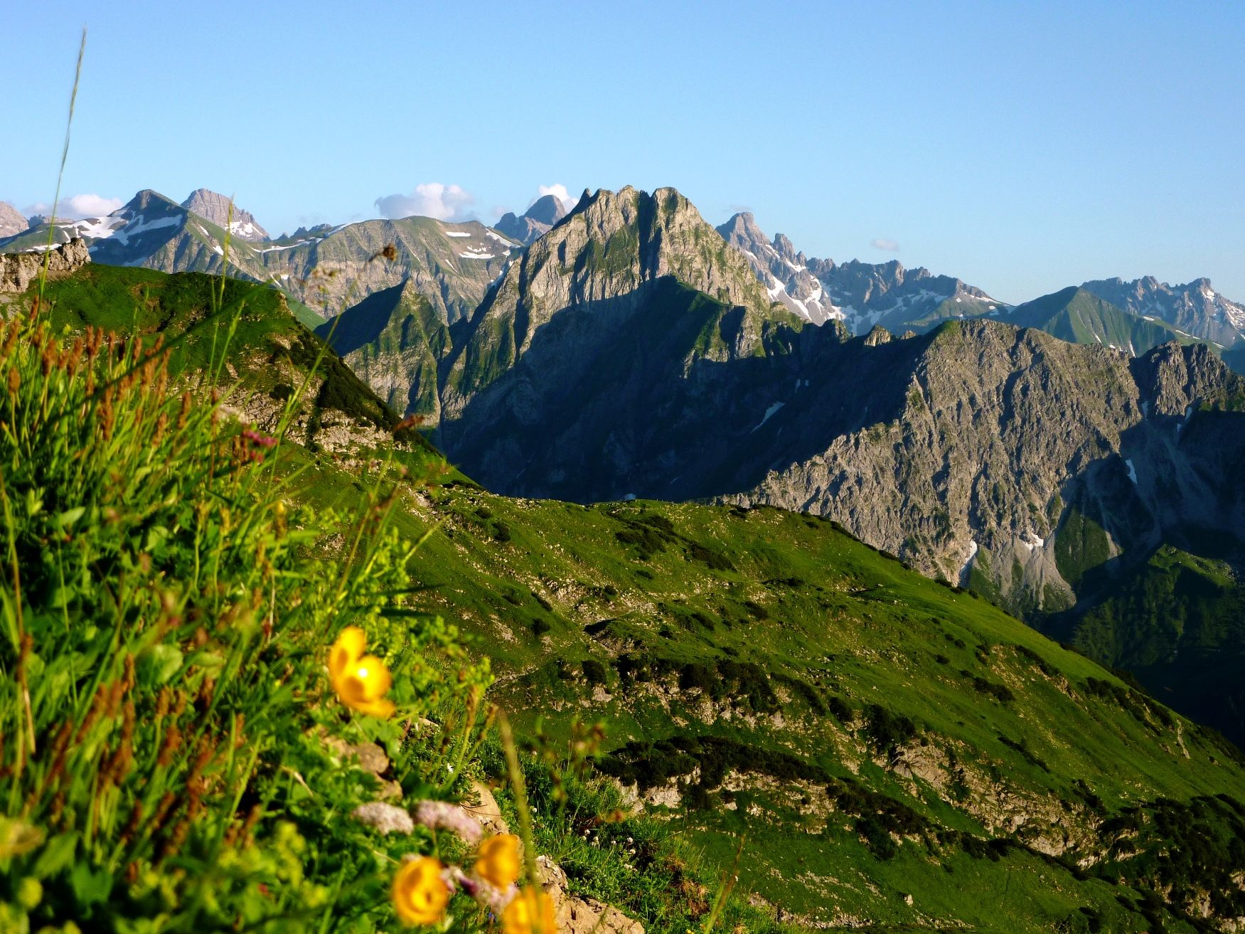Blick Auf Die Hofats Vom Nebelhorn In Oberstdord Oberstdorf