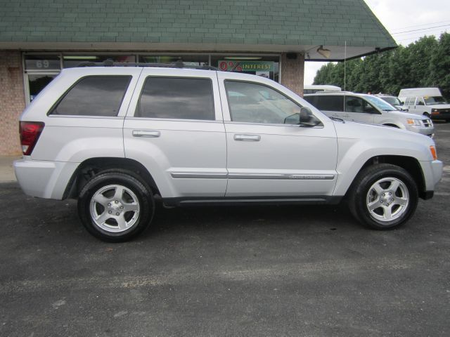 2005 Jeep Grand Cherokee Limited 4wd Traded My Jeep Just Like