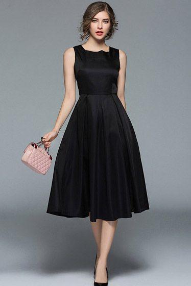 Look vestido negro evase