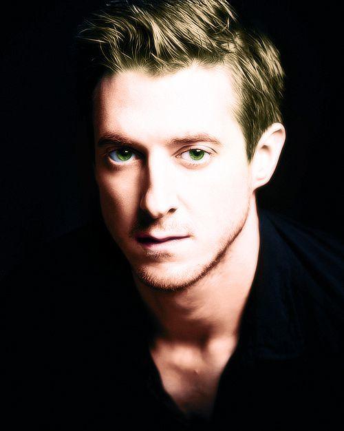 Another Top 10 Best Celebrity Voice Actor Performances ...