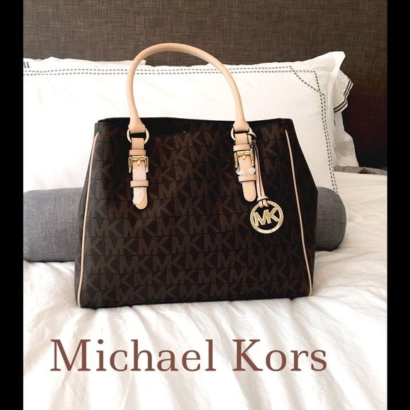 Spotted while shopping on Poshmark  ✨NEW MICHAEL KORS BROWN JET SET WORK  TOTE✨ 76f0b76c97