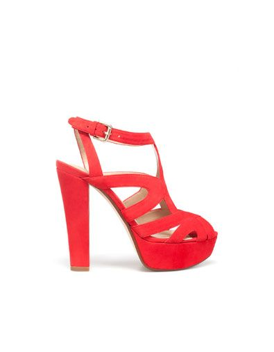 This color would would color pop off my skin tone, hold in my flat feet, and   524a39