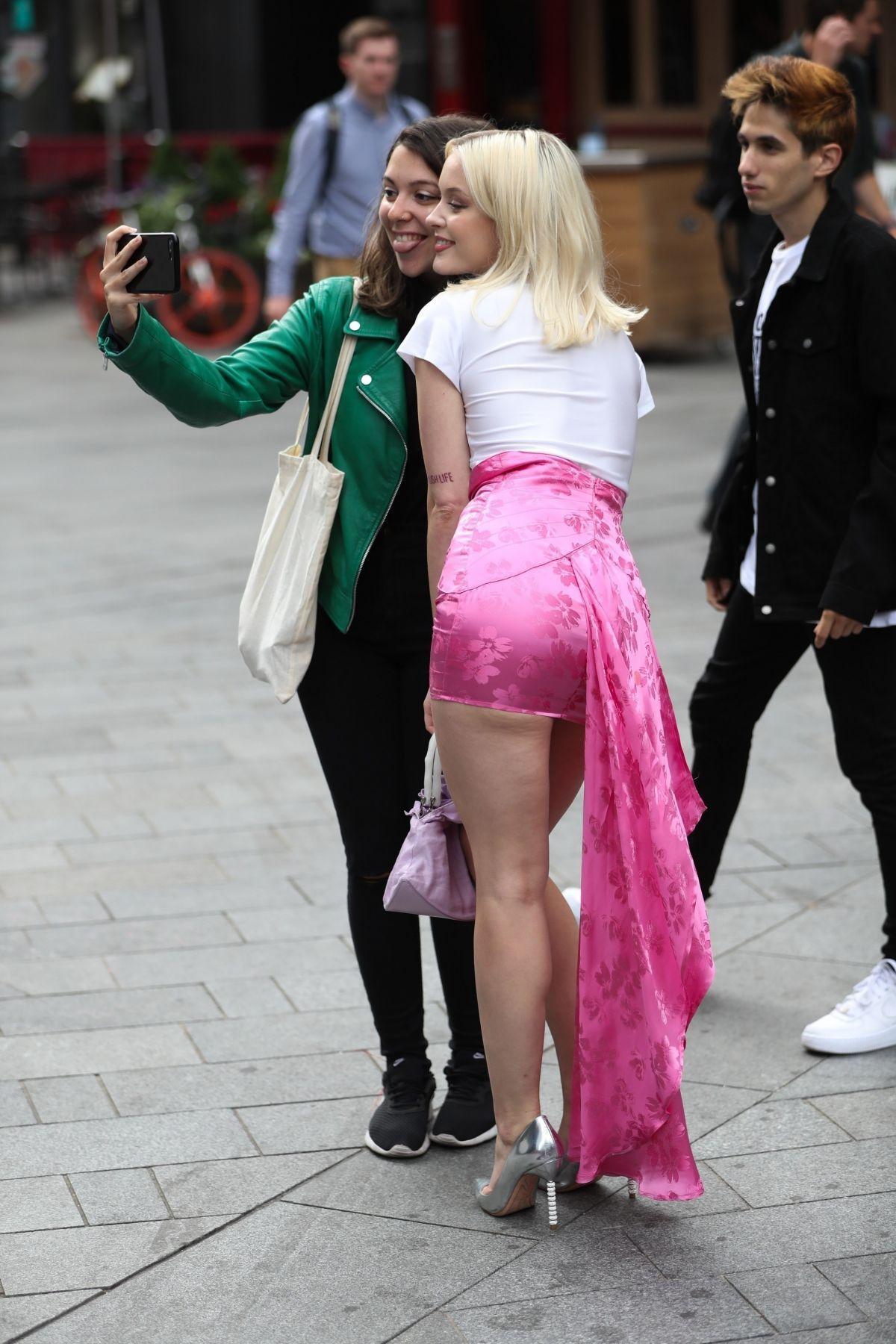 Zara Larsson Sexy