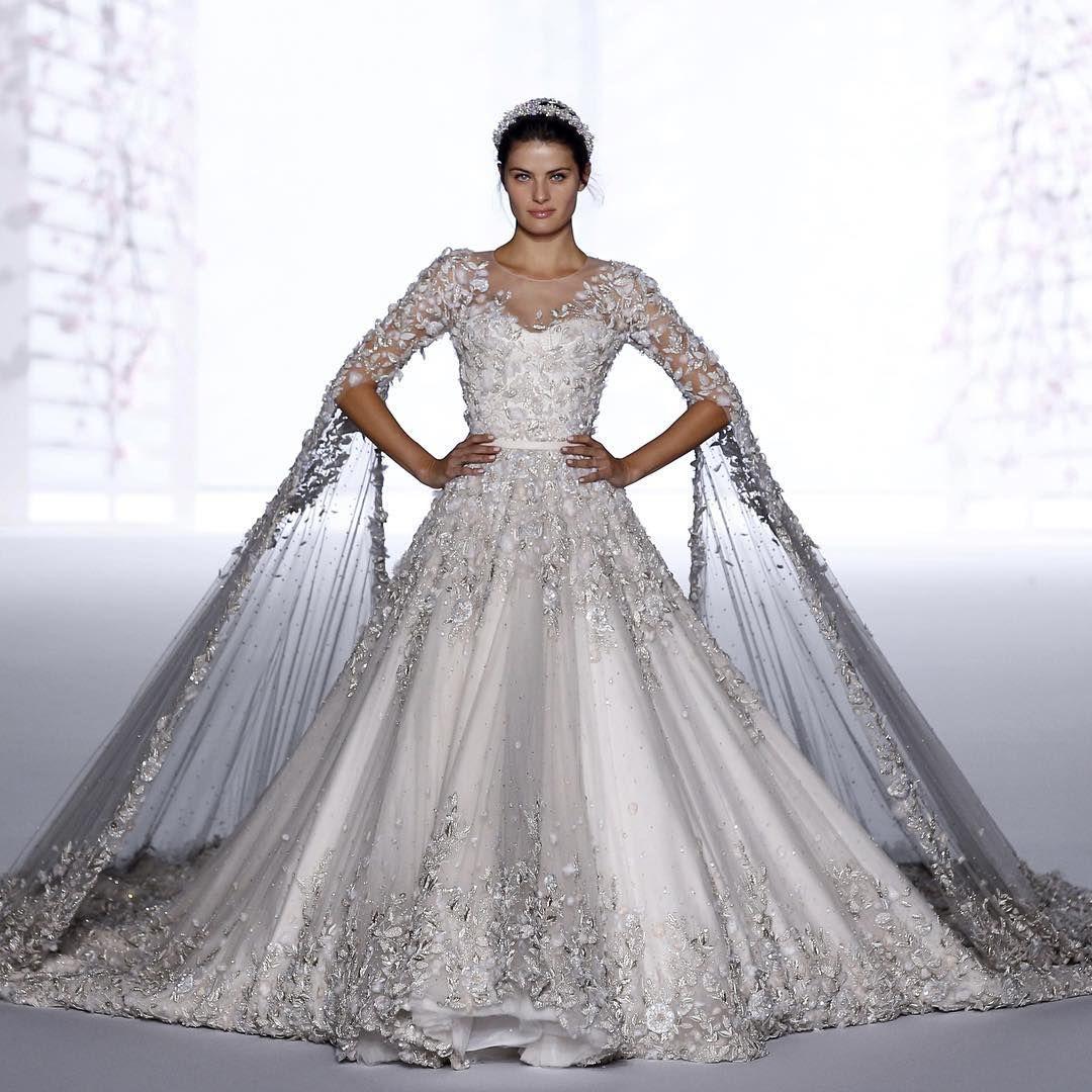 Um deslumbre o vestido de noiva couture de