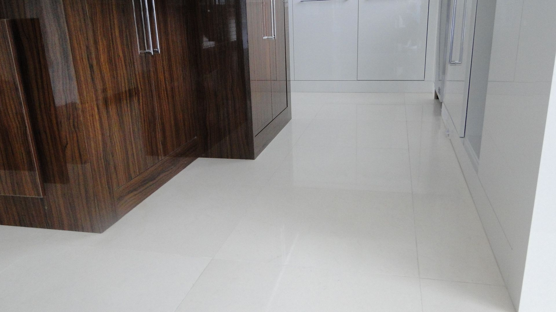 One of the most consistent Marbles we carry, Piedra blanco