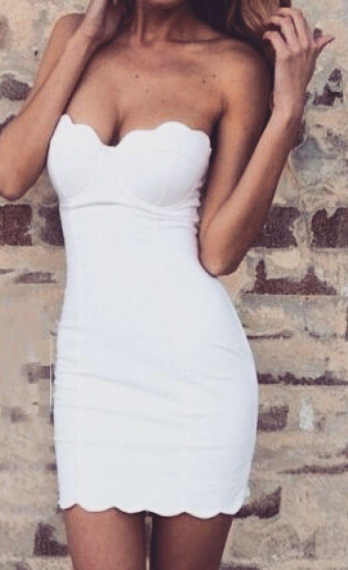 0e8fa9d638 Pinterest   allegralu☽ Vestido Strapless