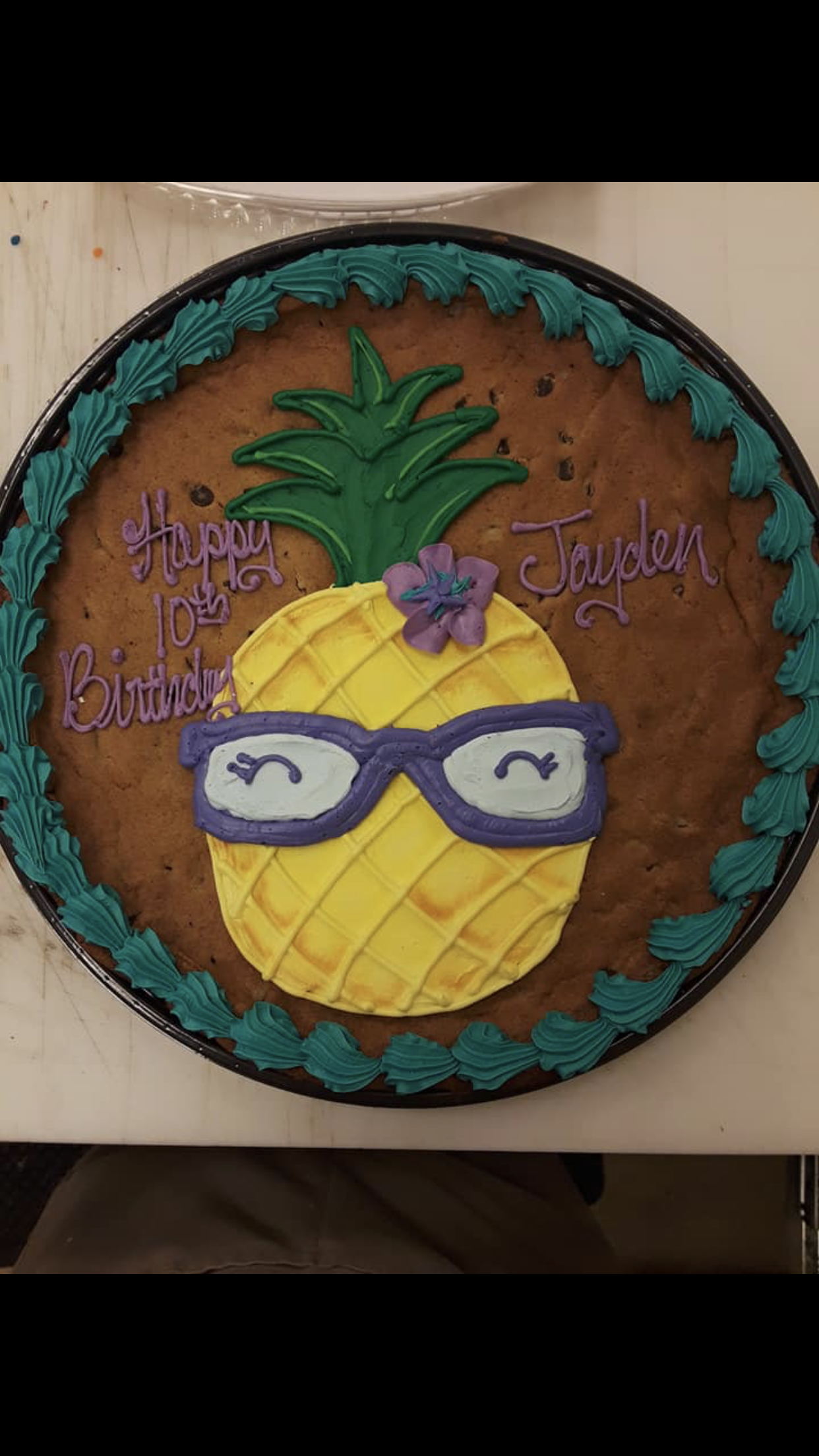 Pinapple Cookie Cake