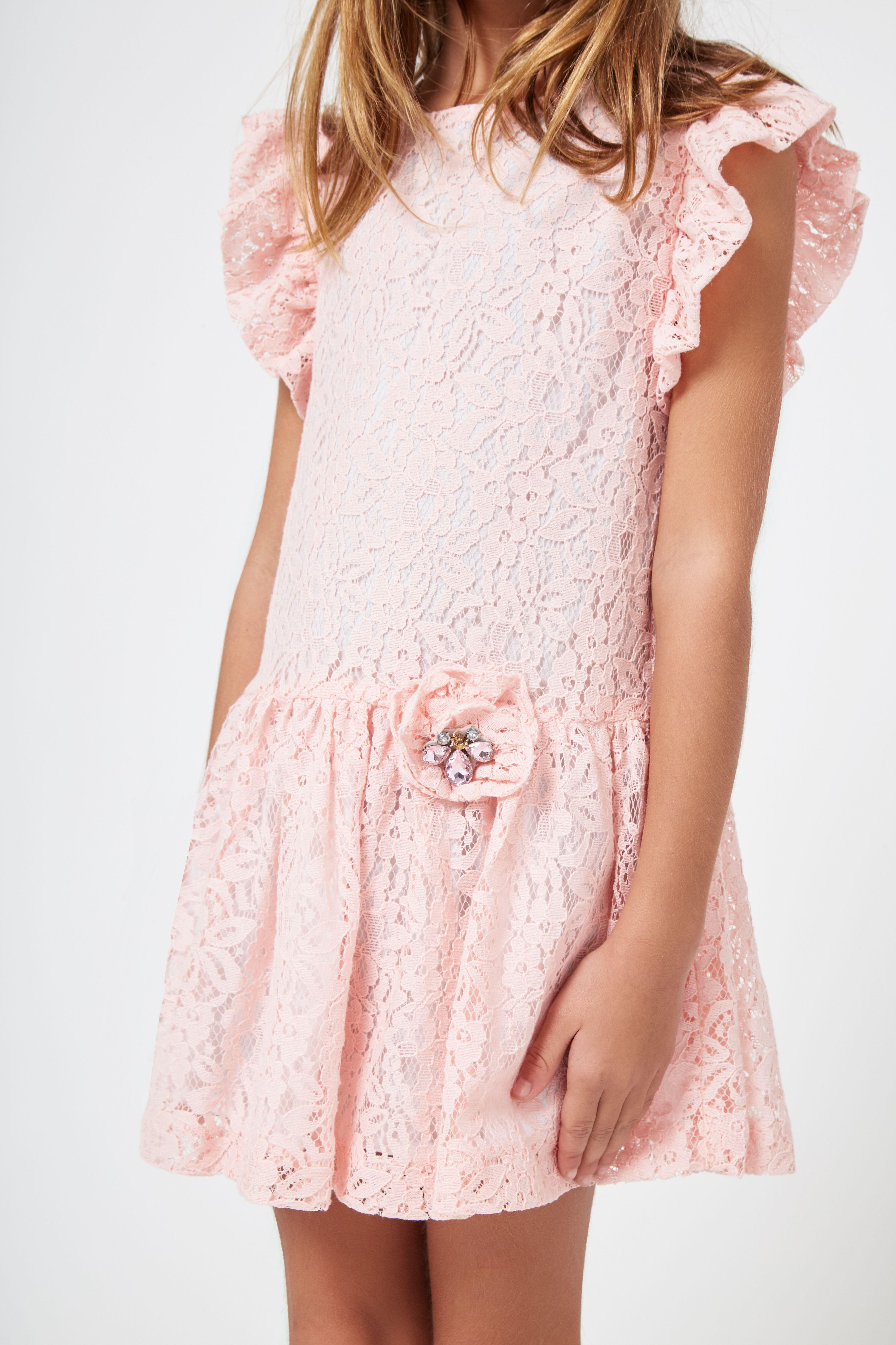 1b9c68acd Vestido de Niña Guipur Rosa - Ropa - Niña - Conguitos #kidsfashion #dress  #kids #springsummer #ss18 #vestido #guipur #rosa #modaniña #niña
