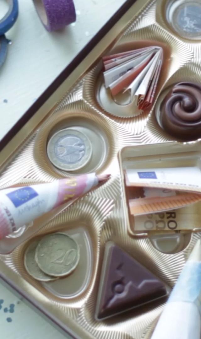 DIY Geldgeschenk in der Pralinenschachtel #lustigegeschenke