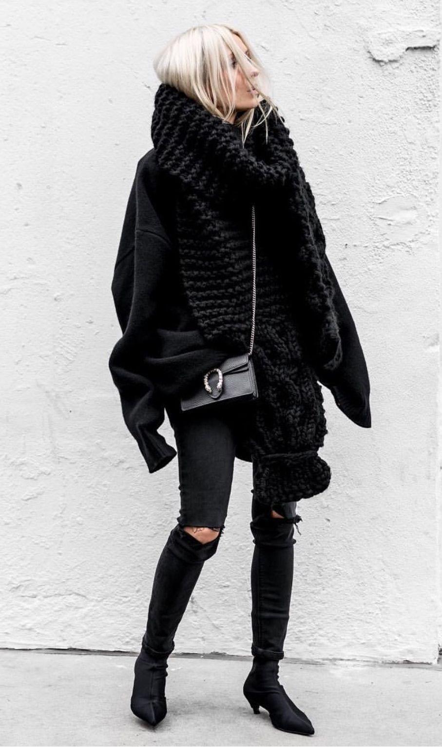Pinterest Deborahpraha All Black Winter Outfit Fashion Trend Black Fashion Style [ 1534 x 907 Pixel ]