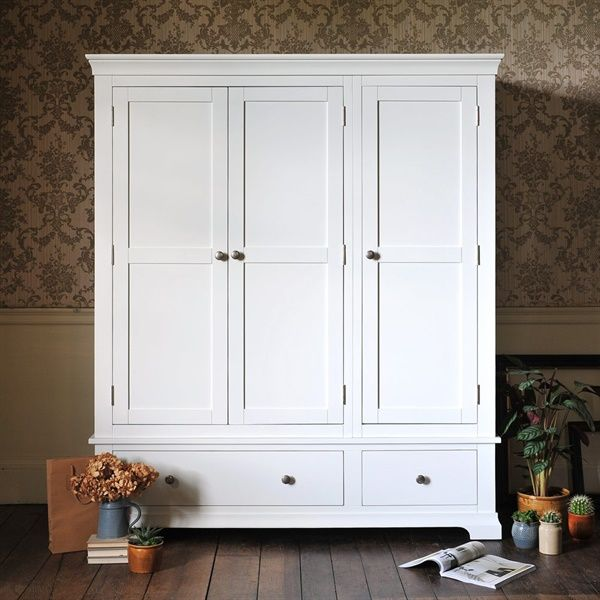 Best Chantilly White Triple Wardrobe The Cotswold Company 400 x 300