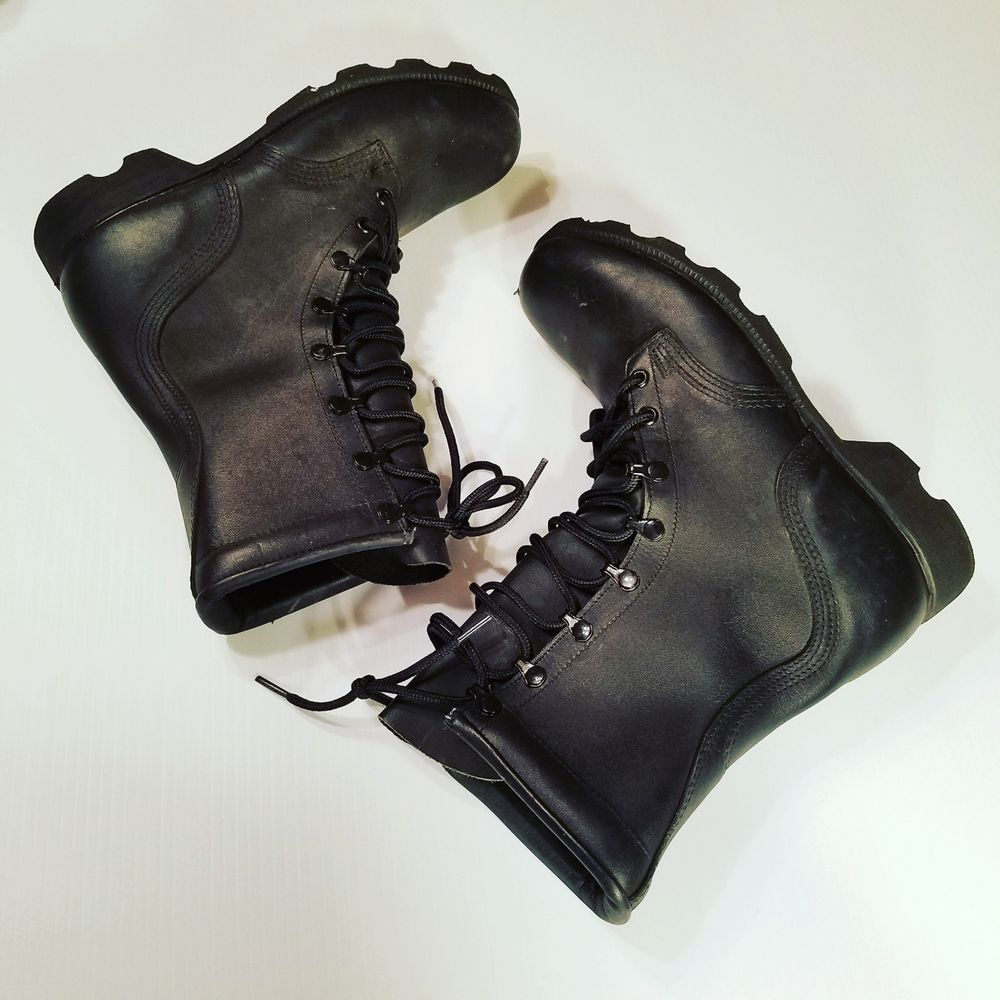 Wellco Mens Size 8 R Black Leather Combat Military Boots