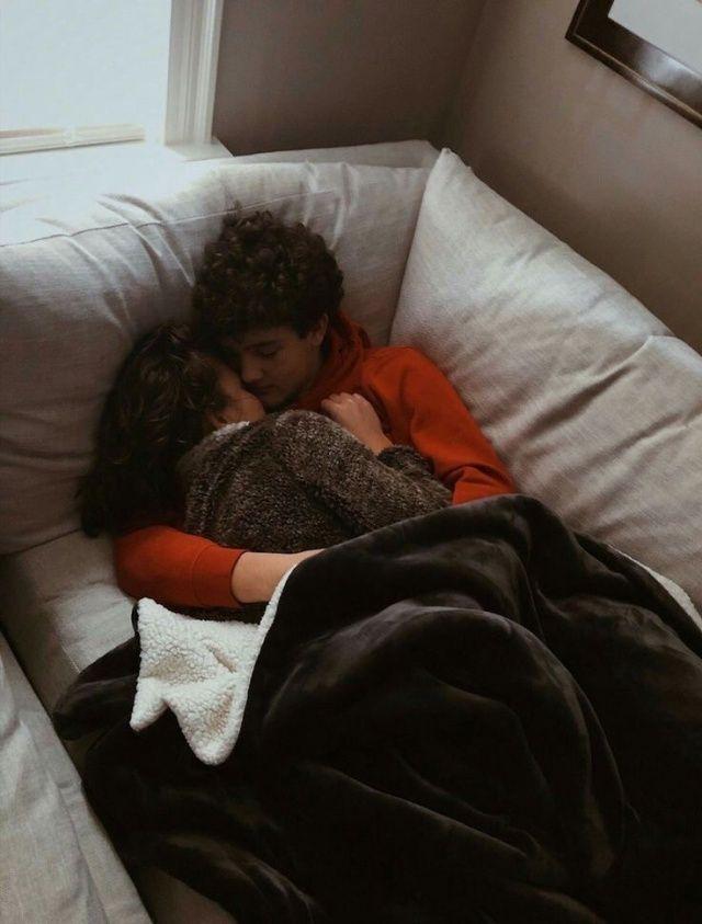 Фото спящих пар заработать онлайн десногорск