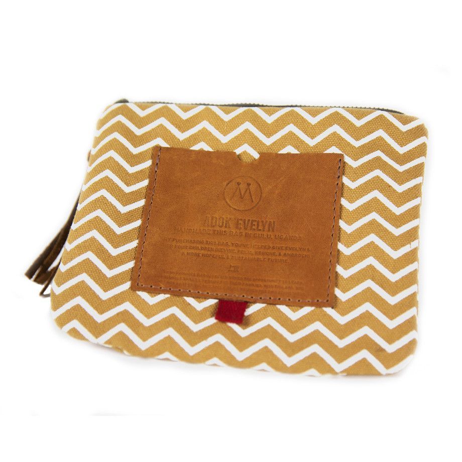 Mend / Zip Pouch (Limited Edition) from Invisible Children Store