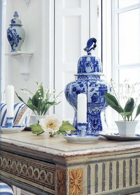 Rescue. Restore. Redecorate.: Decorating with Blue and White