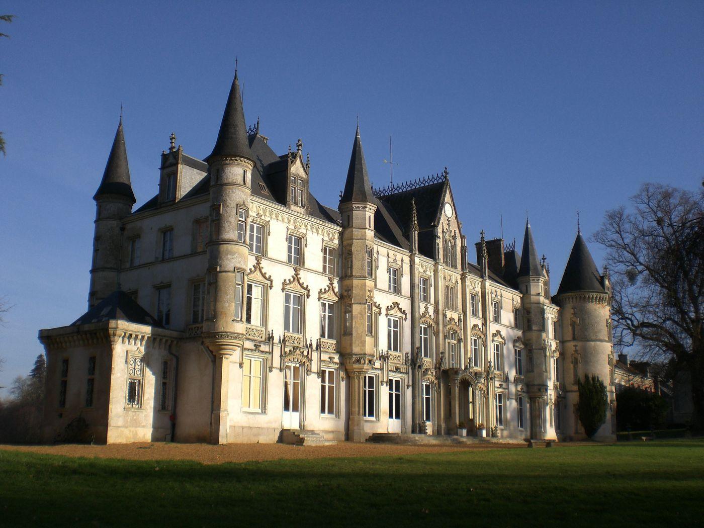 castles in france france 39 s famous 37 million