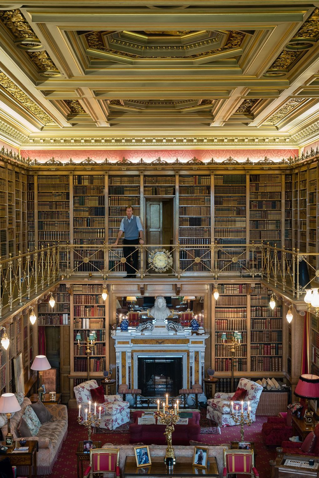 The Duke in the 16,000-book library | English Country Houses ...